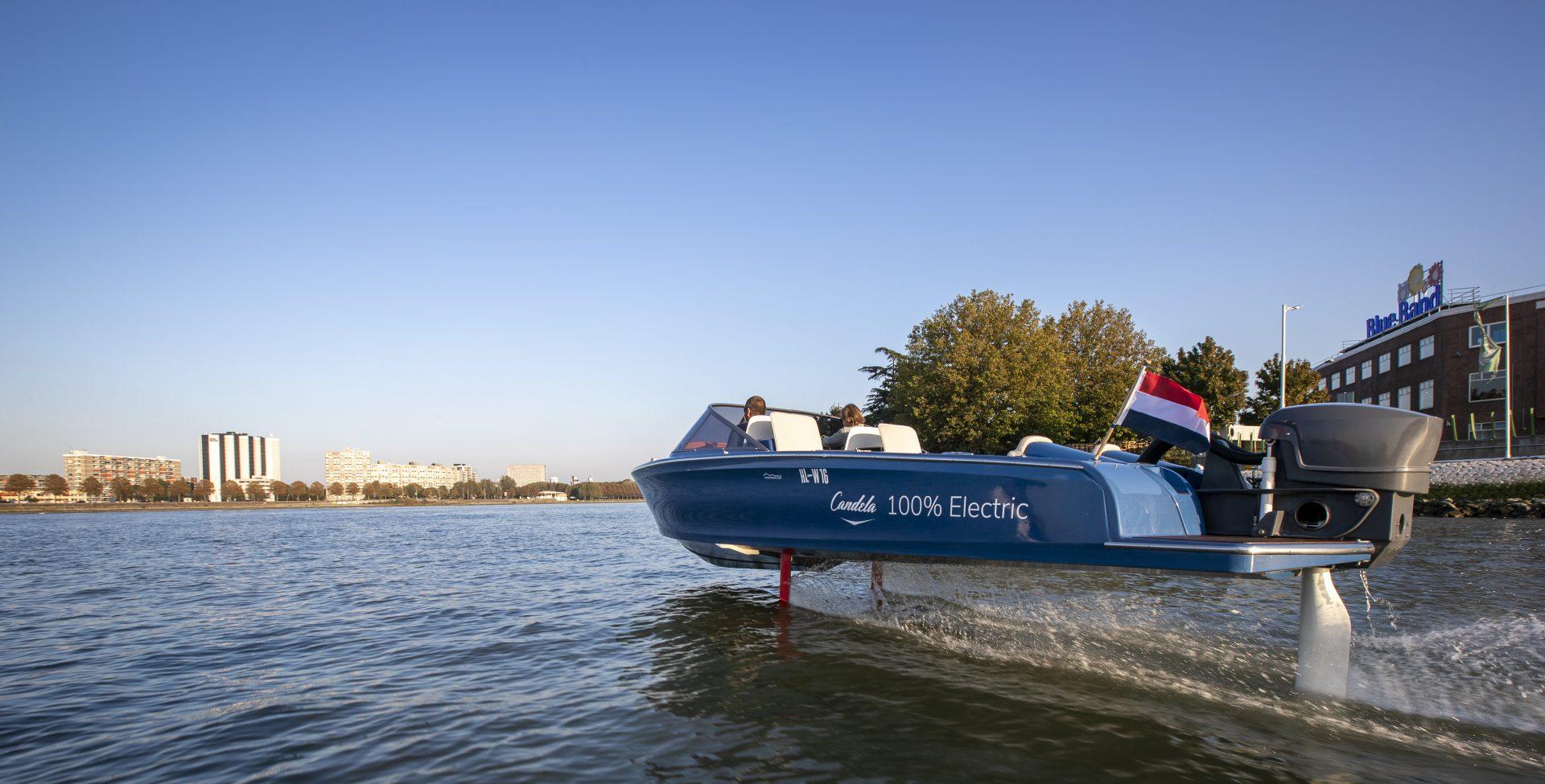 's Werelds eerste volledig elektrische hydrofoil speedboot komende week in Nederland
